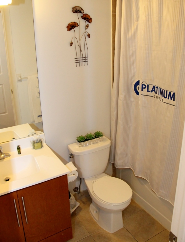 Platinum Suites - Furnished Apartments Mississauga
