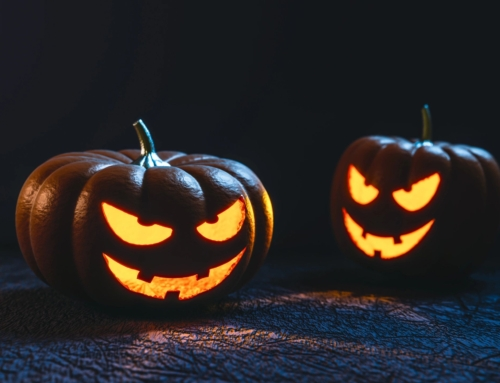 4 Ways to Celebrate Halloween in an Apartment Setting